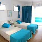 Twin Bedroom in Villa Monte e Mar