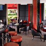 Le Bar interior