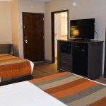 Double Queen Premier Guest Room
