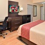 Red Roof Inn & Suites Columbus West Broad Foto