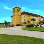 Photo of La Quinta Inn & Suites Deer Park
