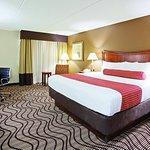 Photo of La Quinta Inn & Suites Minneapolis-Minnetonka