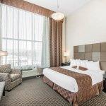 Photo of Comfort Suites Kelowna