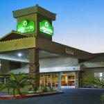 La Quinta Inn & Suites Las Vegas Tropicana Foto