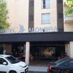 Photo de Hotel Alondra