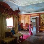 Avebury Manor