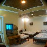 Non-beachfront family room