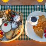 Honeymoon Breakfast at Sasaab