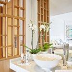 Superior Guestroom, Spa-inspired bathroom