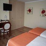 Photo of Hotel Valle De Cabezon