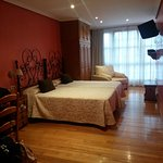 Photo de Hotel Puerta de Sol