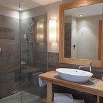 Dolomit suite 213: Bathroom downstairs