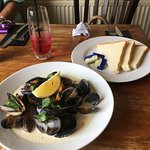 Mussels starter was plenty!!
