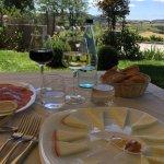 Pranzo con vista sulle colline toscane