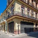 La Esquin de Cuba, restaurante con gran calidad en la comida tradicional cubana e internacional.