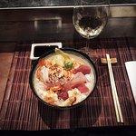 Questo è il Chirashi Mix che ha deliziato il mio palato al Sushi Bar di Cantù
