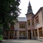Torhout, Kasteel Ravenhof, ceramics museum, outside view