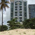 Photo de San Juan Water & Beach Club Hotel