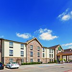 Photo of La Quinta Inn & Suites Denison - North Lake Texoma