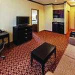 Photo of La Quinta Inn & Suites Eastland