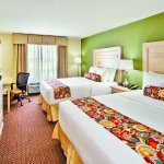 Photo de La Quinta Inn & Suites Rochester