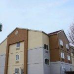 Photo of La Quinta Inn & Suites Emporia