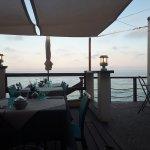 Resto top déco cocooning avec goût, les serveurs et serveuses top, endroit très accueillant, gus