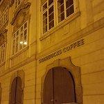 Fotografie: Starbucks Malostranske Namesti