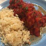 Polpette di carne al sugo accompagnate da riso