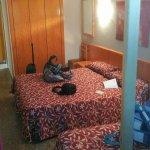 Photo de Hotel Esplendid
