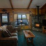 Lake Shore Cabins on Beaver Lake Foto