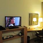 Comodidades al interior de la habitación en el Hotel Hampton by Hilton Amsterdam Airport Schipho
