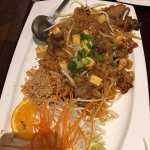 Pad Thai noodle with duck
