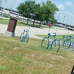 Foto van Cyrus Avery Centennial Plaza