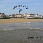 Arroplace vue de la plage d'Arromanches