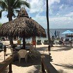 Photo de Seafarer Resort and Beach