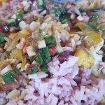 Colombo poulet, riz haricot rouge, sauce chien
