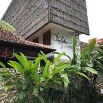 Photo de Flores Gallery Hotel