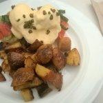 Smoked salmon benny (with avocadoes and wedges)