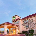 Photo of La Quinta Inn & Suites Waxahachie