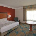 Photo of La Quinta Inn & Suites Sherman