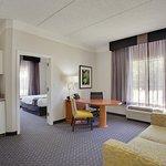 Photo de La Quinta Inn & Suites Houston West Park 10