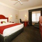 Photo of La Quinta Inn & Suites Phoenix I-10 West