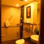 Duplex Suite Bathroom