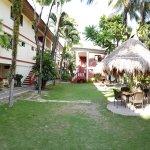 Tonglen Beach Resort Resmi