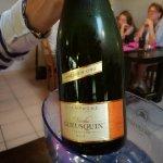 Le champagne 1er cru légèrement bouchonné dans son seau percé !!!