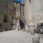 Le petit train dans le méandres d'Avignon