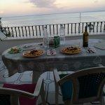 cena classica con vista mare dal residence