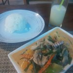Panang chicken, rice and the best lime juice