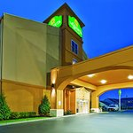 Photo de La Quinta Inn & Suites Columbus West - Hilliard